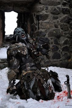 Ork rogue meets an enemy archer