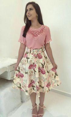 #modacristã #modaevangelica #lindasemservulgar #saia #blusa #inspiração #top  #fechaçaototal #lacrou #migasualoucaarrasou
