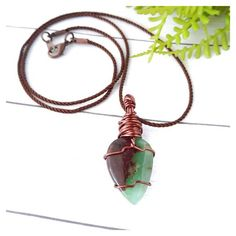 Healing Crystal Jewelry, Crystal Necklace, Candy Apple Green, Hippy Gifts, Natural Crystals, Wire Wrapping, Hippie Boho, Gifts For Her, Jewelry Making