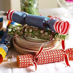 Make your own Xmas crackers
