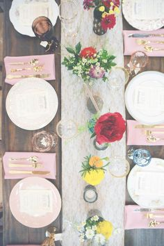 THIS SWEET BOHEMIAN WEDDING WILL LEAVE YOU SWOONING! | Photography: sixheartsphotogra...