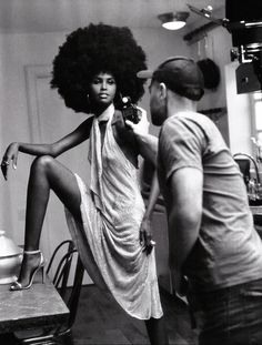 Hair Afro, Curly Hair, Short Hair, Cabello Afro Natural, African American Models, American History, African Women, African Art, Moda Afro
