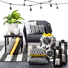 Target Black and white patio accessories with pops of juicy color is a style made easy with the Modern Outdoor Decor Collection. These outdoor accessories use patterned pillows, rugs and throws with bursts of delicious hues in orange, yellow and red.