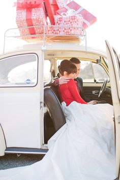 dustjacket attic: Newlywed Christmas ::  shoot   featured on Ruffled ... photographed by Haley Sheffield.