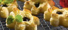 Luumu-appelsiinitortut Doughnut, Tart, Sushi, Baking, Ethnic Recipes, Desserts, Food, Christmas Inspiration, Xmas