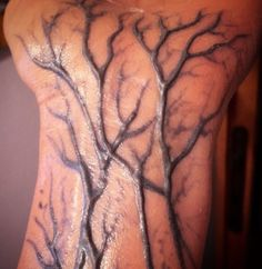 horror make up with black veins