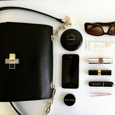 Whats In The Bag. bag, сумки модные брендовые, bags lovers, http://bags-lovers
