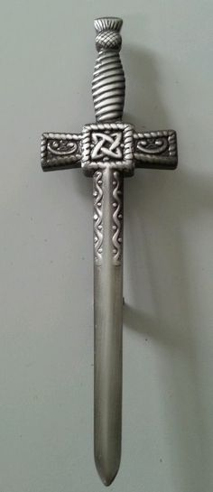 Brand New Mens Designer Matt Celtic Sword Kilt Pin