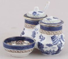 Booths - Real Old Willow - Condiment Set c1920s,mustard pot with spoon..would love to find this!