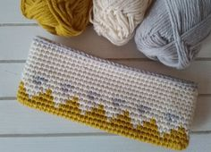 pencil case - tapestry crochet