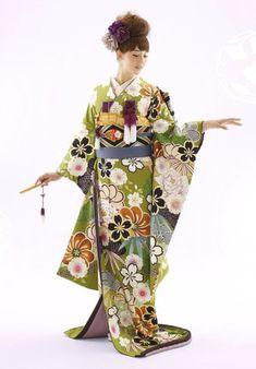 Hiki-hulisode: Japanese wedding kimono もっと見る