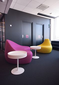 Egg Chair, Commercial Interiors, Interior Architecture, Lounge, Projects, Furniture, Home Decor, Airport Lounge, Log Projects