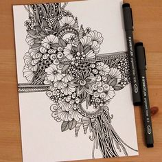 Doodle art 108508672260360615 - Flowers art drawing doodles inspiration Ideas Source by cyndipiquard Flower Art Drawing, Doodle Art Drawing, Zentangle Drawings, Mandala Drawing, Zentangle Patterns, Art Drawings, Doodling Art, Tangle Art, Doodles Zentangles