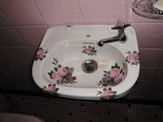 Floral vintage sink