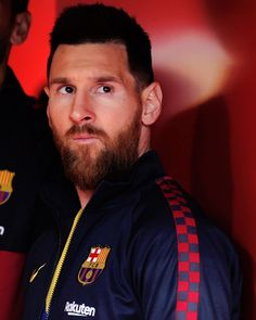 football is my aesthetic (Posts tagged fc barcelona) Cr7 Junior, Leonel Messi, Barcelona Football, Pixel 4, Messi 10, Football Pictures, Football Fans, Aesthetic Fashion, Football Players