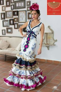 """A wonderful city in Andalusia famous for its Flamenco shows, tapas and. Flamenco Party, Flamenco Costume, Flamenco Dancers, Flamenco Dresses, Spanish Fashion, Edwardian Dress, Mexican Dresses, Mermaid Gown, Prom Dresses"
