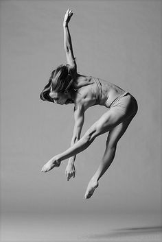 Dancer and her amazing body. Love dancers!
