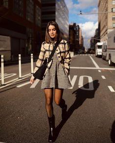 Fashion Week, New York Fashion, Look Fashion, Fashion Outfits, Womens Fashion, Fashion Trends, Fashion Shoes, Inspiration Dressing, Mode Inspiration