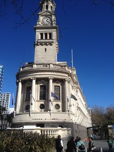 Auckland Old City Hall showcasing small ionic columns influence by Ancient Roman Architecture
