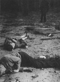 Warsaw 1944 Polish civilians killed by the Luftwaffe raid on insurgent Warsaw.