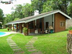 Bungalow Haus Design, Modern Bungalow House, Tropical House Design, Small House Design, Village House Design, Village Houses, Tyni House, Backyard Fireplace, Adobe House