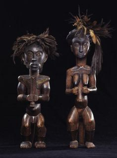 sothebys 2002 Equatorial Africa, Art Africain, Little People, African Art, Metal Working, Sculptures, Carving, Ocean, Chairs