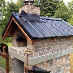 Gable Roof Wood-Fired Outdoor Brick Pizza Oven by The Gyomber Family and BrickWood Ovens Brick Oven Outdoor, Pizza Oven Outdoor, Diy Pizza Oven, Pizza Ovens, Bricks Pizza, Bread Oven, Four A Pizza, Outdoor Kitchen Design, Outdoor Kitchens