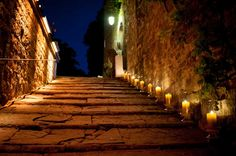 Vincigliata Castle Wedding in Tuscany http://www.exclusiveitalyweddings.com/blog/vincigliata-castle-tuscany-wedding-of-the-year