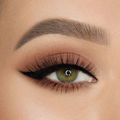 Wing it like 🖤 She pairs our Better Than Sex Eyeliner and Natu. Wing it like 🖤 She pairs our Better Than Sex Eyeliner and Natural Lust Eye Shadow Palette to get this look! Makeup Eye Looks, Eye Makeup Tips, Pretty Makeup, Skin Makeup, Makeup Inspo, Eyeshadow Makeup, Makeup Art, Smokey Eye Makeup, Beauty Makeup