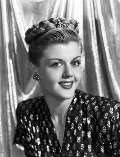 Angela Lansbury (1945)