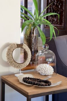 Inspiring before and after: natural instinct Natural Instinct, Home Accessories, Sweet Home, Lounge, Vase, Table Decorations, Garden, Plants, Shell