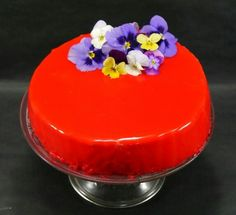 Cake, Desserts, Food, Frosting, Pastries, Food Recipes, Sweet Treats, Red Mirror, Strawberry Mousse