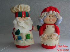 DECORAR TALLER DE MANUALIDADES: ABUELOS NAVIDEÑOS Christmas Clay, Christmas Sewing, Christmas Fabric, Christmas Crafts, Christmas Ornaments, Santa Decorations, Felt Toys, Felt Ornaments, Felt Crafts
