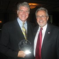 Steve Ellis and Sarasota County Commission Chairman, Joe Barbetta at the Economic Development Corporation Award Ceremony. The Economic Development Corporation of Sarasota County is a not-for-profit organization that provides free business assistance and has been an alliance partner with Sister Cities Association of Sarasota since 2000.