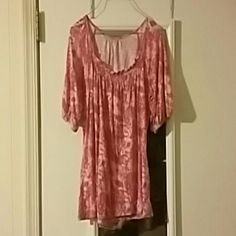 Shirt Dressy Pink Flowered shirt, medium Tops Blouses
