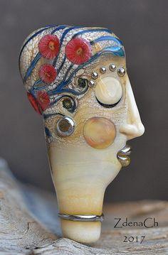 Žena+s+květy+Vinutá+perle.