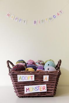 The Daily B (Archives): hand-knit party favors come to life