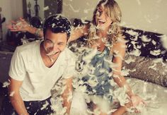 "9 Creative Engagement Photo Props | Photo by: Jason Mize Photography via <a href=""http://beyondbeyond.co.uk/blog/pillow-fight-club-love-story/"" target=""_new""> BeyondBeyond.co.uk</a> 
