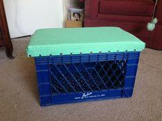 Doubles as a bench or footrest. Milk Crate Bench, Crate Bar, Milk Crates, Wooden Crates Garden, Wood Crates, Diy Storage, Book Storage, Man Pillow, Shoe Rack Closet