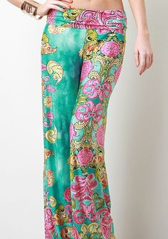 PANTS: http://www.glamzelle.com/collections/whats-glam-new-arrivals/products/chic-garden-of-the-world-palazzo-pants