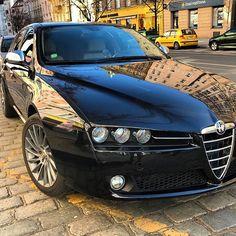 "WEBSTA @ tia_cbr - ""La Meccanica Delle Emozioni"" Alfa Romeo 🐍🍀🇮🇹 aka my beast between sheeps 😈🖤#cuore#cuoresportivo #italianbeauty #italianbeast#italiancar#alfaromeo#alfaromeo159#alfaromeo159sw #alfa159#lameccanicadelleemozioni #sportcar#sportwagon#dreamcar#car#sportcars#sportcarmotion"