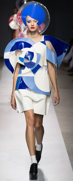 Junya Watanabe - Spring 2015 - Postmodernism #cutting #collage #light…