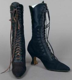 High-laced blue suede shoes with blue satin trim, c. 1913. Purchased at Fyfe's in Detroit and worn by Helen Otton Nelson.