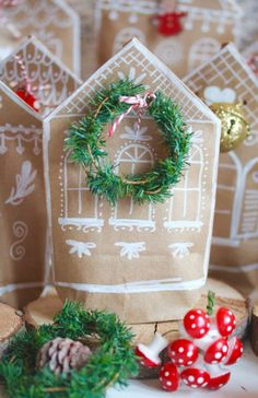 http://www.sweet-laura-blog.de/★-★-★-adventskalender-no-29-★-★-★-gingerbread-haeuser/