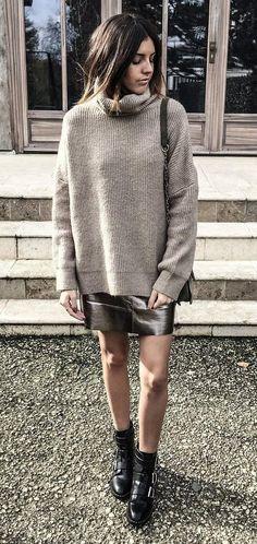 #winter #fashion //  Metallic Skirt // Turtleneck Knit // Black Ankle Boots