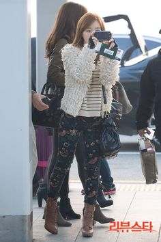 [121122] SNSD at Incheon Airport Heading To Singapore