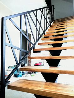 Staircase Interior Design, Balcony Railing Design, Wood Railings For Stairs, Staircase Handrail, Steel Stairs Design, Indoor Courtyard, Staircase Storage, Balustrades, Duplex House Design