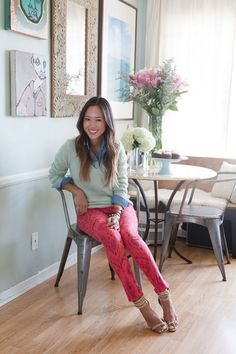 Tour Style Blogger Aimee Song's Apartment | TeenVogue.com