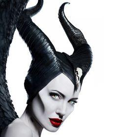 Maleficent Mistress of Evil Maleficent Tattoo, Maleficent Quotes, Maleficent Movie, Malificent, Maleficent Costume, Disney Cartoon Characters, Disney Villains, Angelina Jolie Maleficent, Disney Sleeve