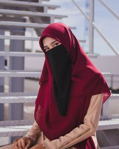 Image may contain: one or more people, closeup and outdoor Niqab Fashion, Muslim Fashion, Fashion Outfits, Womens Fashion, Hijabi Girl, Girl Hijab, Beautiful Muslim Women, Beautiful Hijab, Islamic Girl